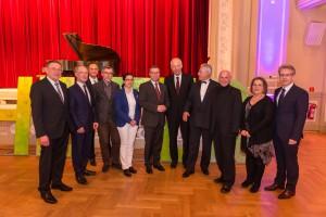 Schirmherr Prof. Dr. Dr. h.c. Paul Kirchhof mit Vorstand und Projektleitung / Foto Dominik Ketz